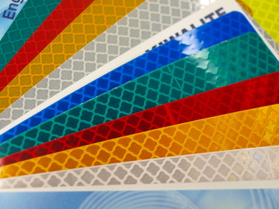 Kiwalite microprismatic reflective sheeting colours
